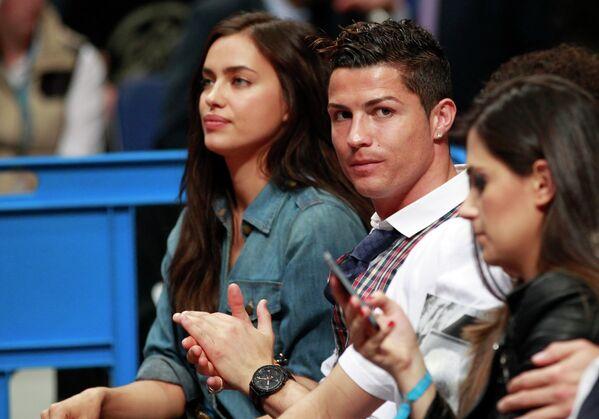 Футболист сборной Португалии и ФК Реал (Мадрид) Криштиану Роналду и супермодель Ирина Шейк (Шайхлисламова)