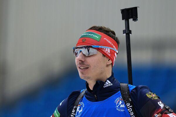 Евгений Устюгов (Россия) перед началом гонки с масс-старта в соревнованиях среди мужчин на Гонке чемпионов 2014