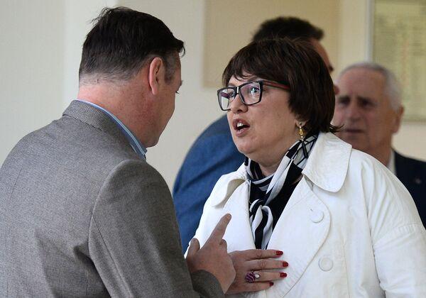 Ольга Смородская (справа)