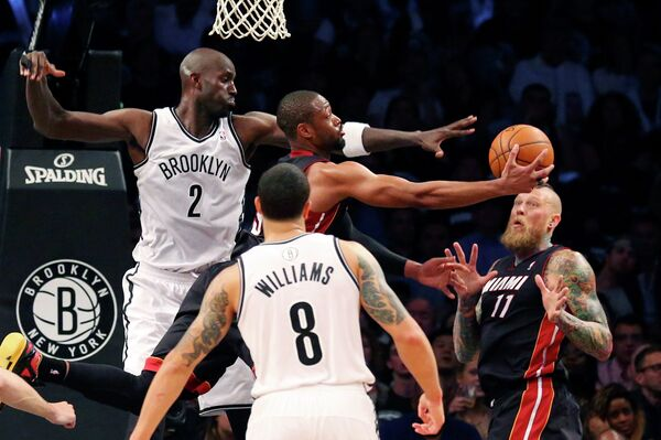 Баскетболисты Бруклин Нетс нанесли поражение Майами Хит