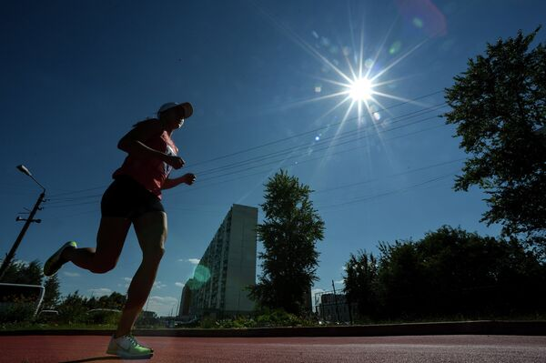 Спортсменка во время соревнований в дисциплине комбайн на Чемпионате России по современному пятиборью