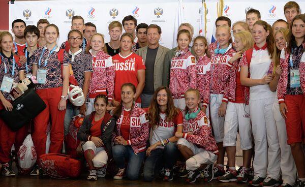 Александр Жуков и юношеская олимпийская сборная России