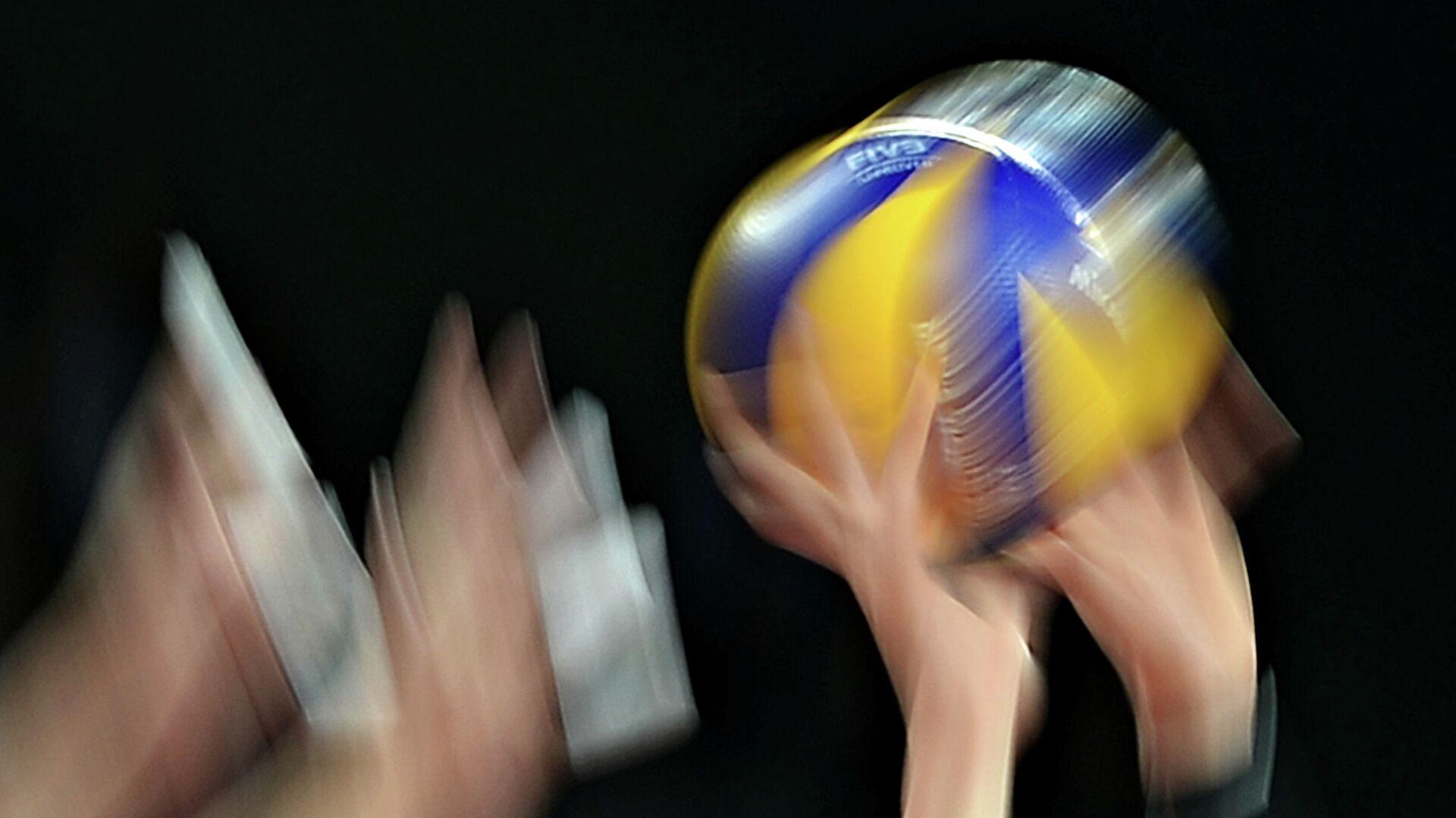 Волейбольный мяч - РИА Новости, 1920, 11.10.2021
