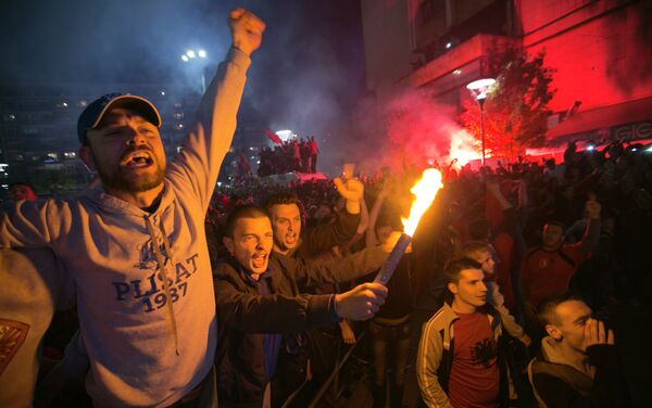 Албанские фанаты