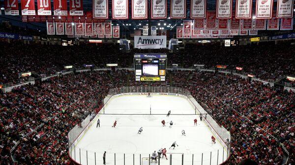 Арена клуба Национальной хоккейной лиги (НХЛ) Детройт Ред Уингз Joe Louis Arena