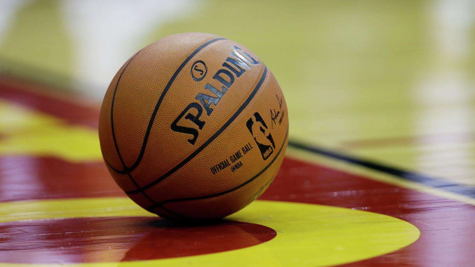 Баскетбольный мяч НБА - РИА Новости, 1920, 24.05.2021
