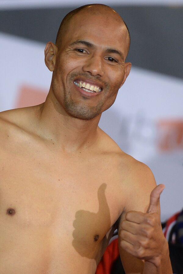 Мексиканский боксер Луис Кастильо