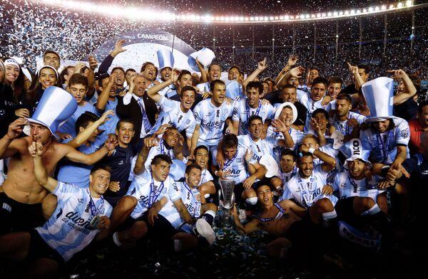 Футболисты аргентинского Расинга