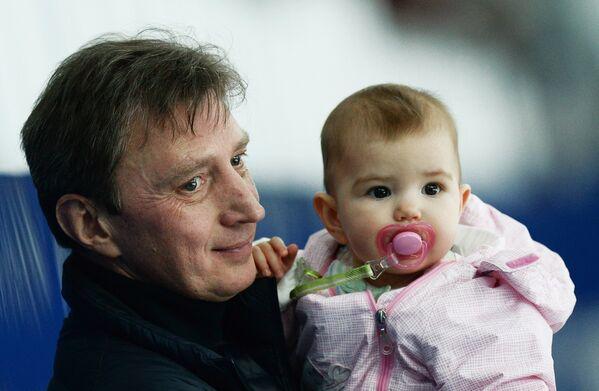 Тренер Олег Васильев