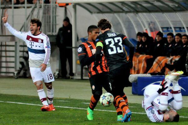 Игровой момент матча Шахтер - Бавария