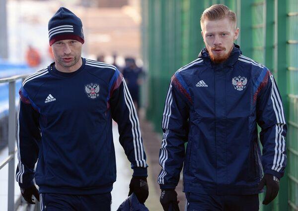 Василий Березуцкий и Иван Новосельцев (слева направо)