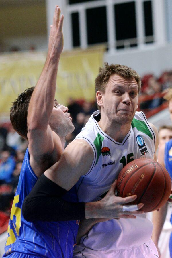 Ян О'Лири (слева) и Пётр Губанов