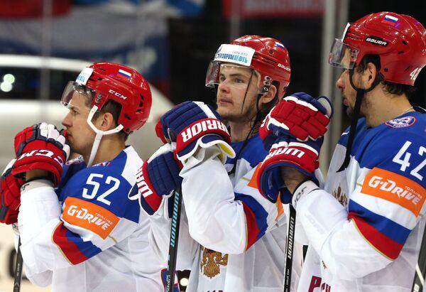 Игроки сборной России после окончания финального матча чемпионата мира по хоккею 2015 между сборными командами Канады и России