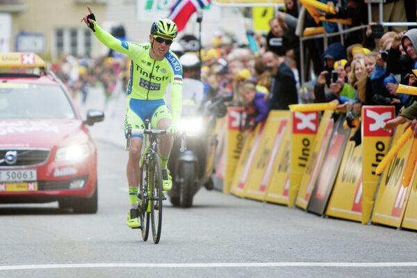 Норвежский велогонщик российской команды Tinkoff-Saxo Йеспер Хансен