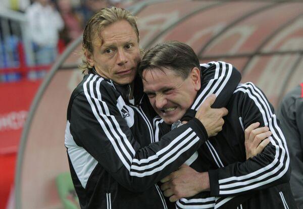 Валерий Карпин и Дмитрий Аленичев (слева направо)