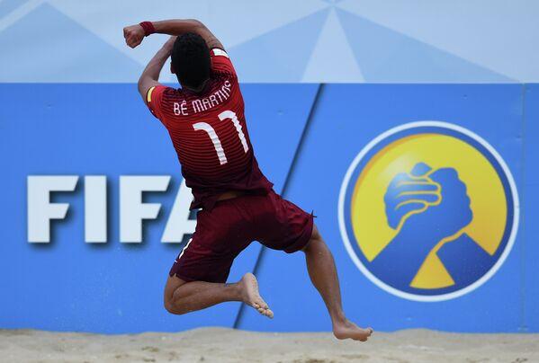 Игрок сборной Португалии по пляжному футболу Бе Мартинс