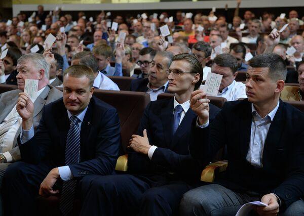 Президент ЦСКА Андрей Ватутин (слева), Андрей Кириленко (в центре)