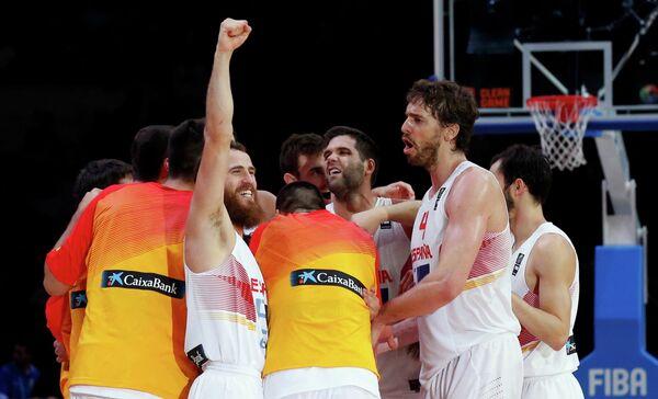 Баскетболисты сборной Испании