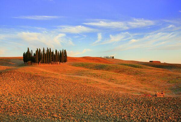 Холмы в Крит Сенези, Тоскана, Италия