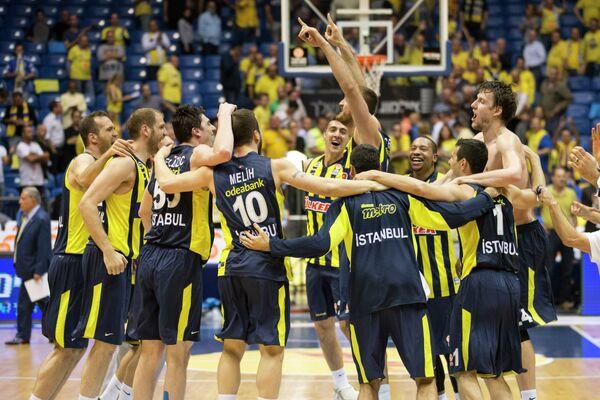 Баскетболисты Фенербахче