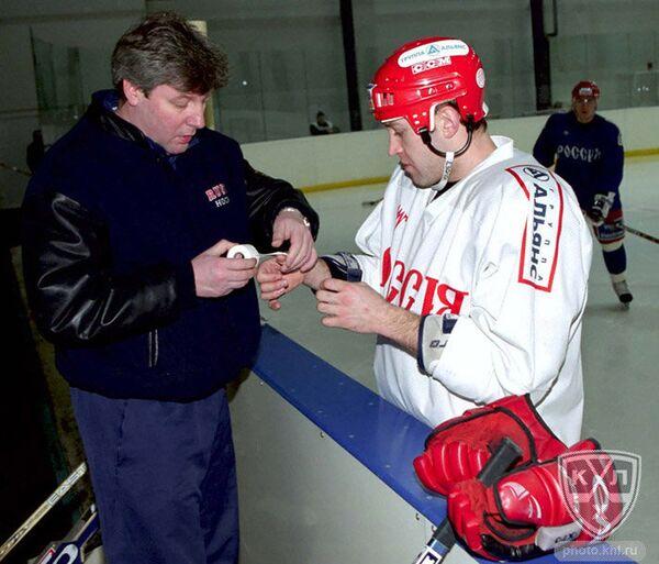 Дмитрий Богдашевский (слева)