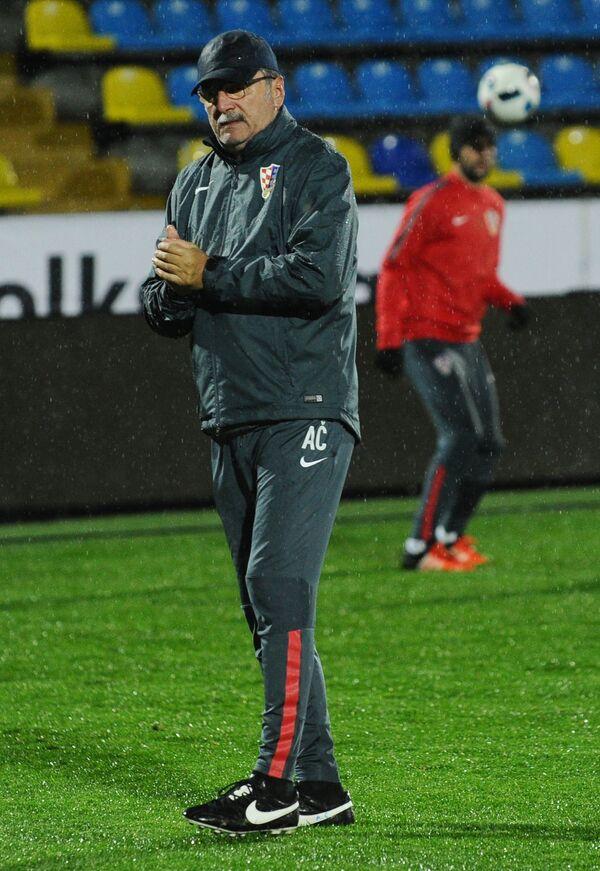 Главный тренер сборной Хорватии Анте Чачич на тренировке