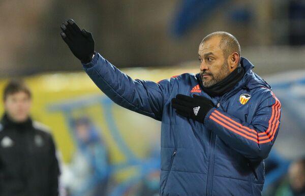Главный тренер Валенсии Нуну Эспириту Санту