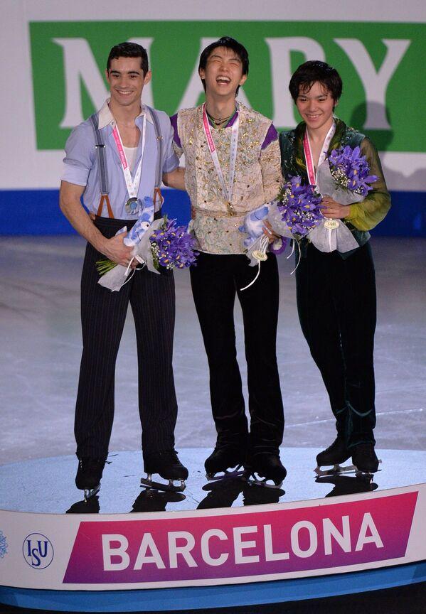 Слева направо: Хавьер Фернандес, Юдзуру Ханю и Сема Уно