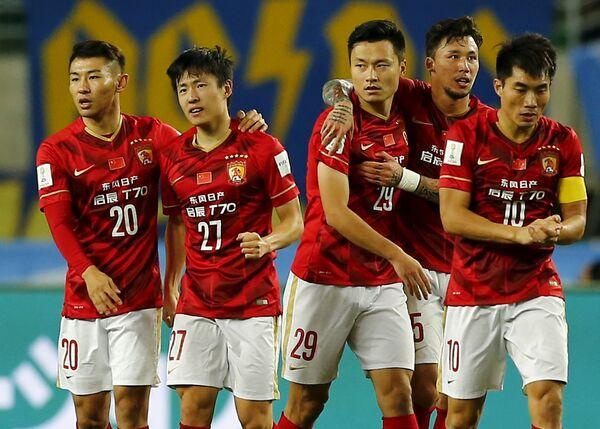 Футболисты Гуанчжоу Эвергранд