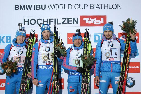 Российские биатлонисты Алексей Волков, Дмитрий Малышко, Евгений Гараничев, Антон Шипулин (слева направо)