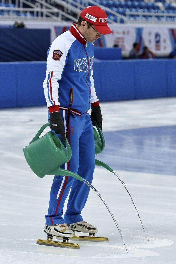 Главный тренер сборной России по шорт-треку Себастьян Крос