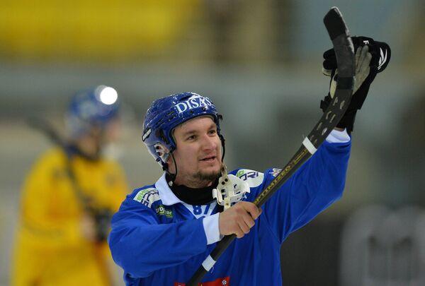 Игрок сборной Финляндии Микко Луккарила