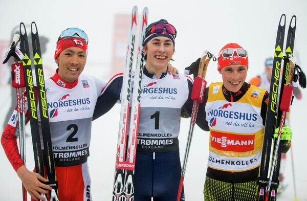 Ярл Магнус Риибер (в центре),  Акито Ватабэ (слева) и Эрик Френцель