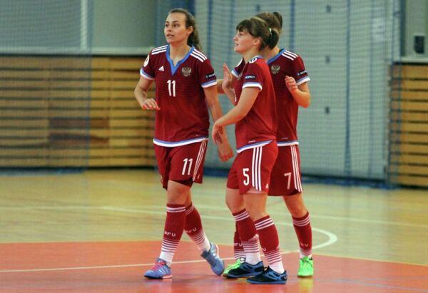 Футболистки молодежной сборной России по мини-футболу