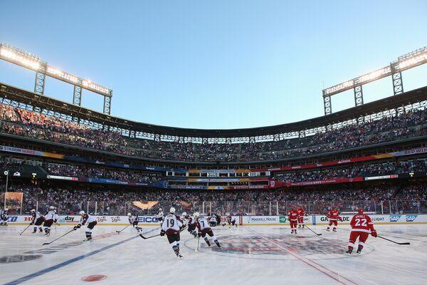 Матч ветеранов команд НХЛ Колорадо Эвеланш и Детройт Ред Уингз