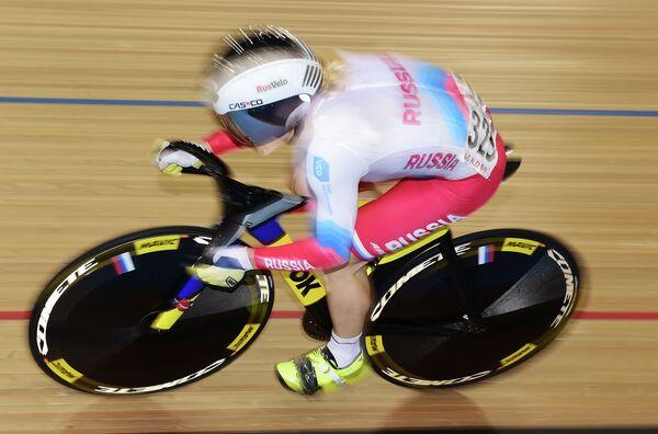 Российская велогонщица Анастасия Войнова