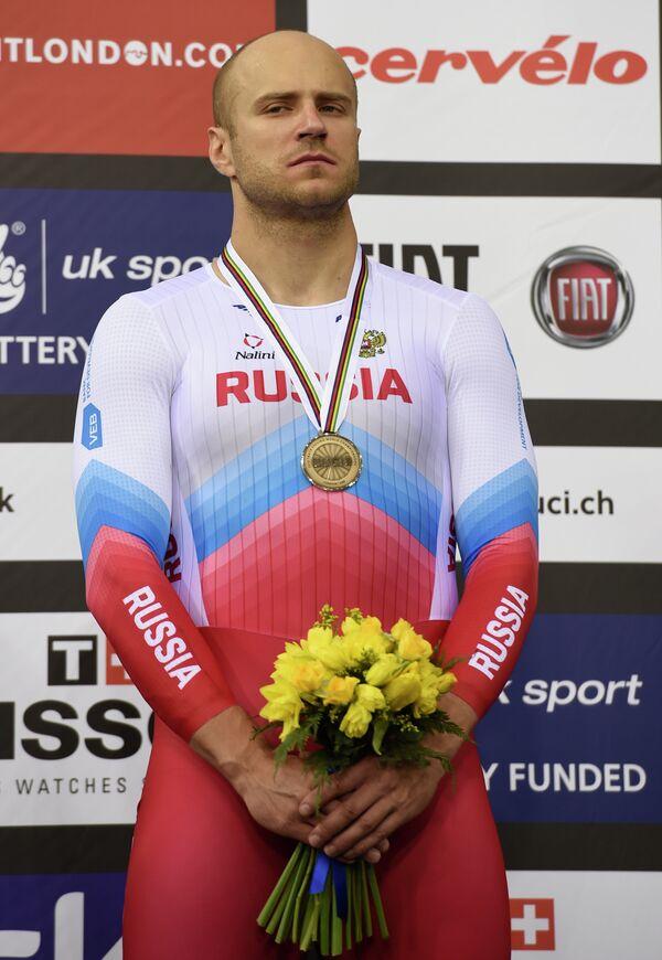 Денис Дмитриев с бронзовой медалью чемпионата мира по трековым велогонкам