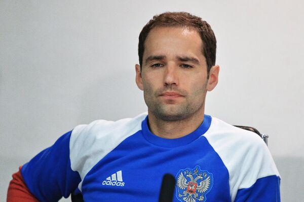 Полузащитник сборной России по футболу Роман Широков