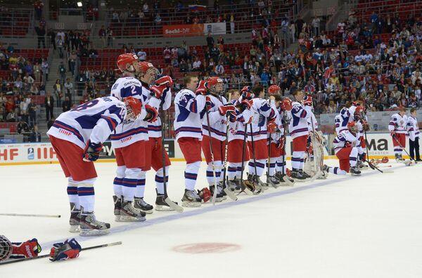 Хоккеисты юниорской сборной России, архивный кадр