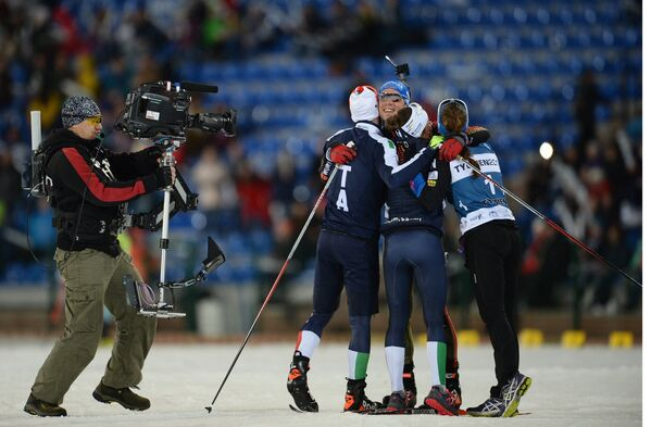 Слева направо: лыжник Федерико Пеллегрино (Италия), биатлонист Симон Шемпп (Германия), биатлонистка Карин Оберхофер (Италия) и лыжница Кертту Нисканен (Финляндия)