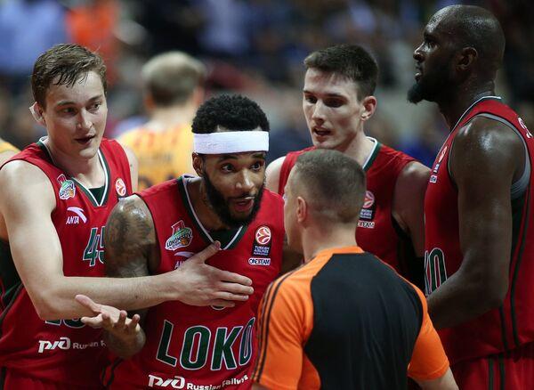 Игроки БК Локомотив-Кубань Райан Брокхофф и Малькольм Дилэйни (слева направо)