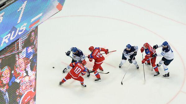 Игровой момент матча Финляндия - Россия