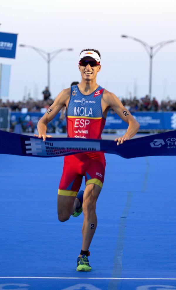 Испанский триатлонист Марио Мола